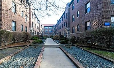 Building, 321 W Oak St, 0