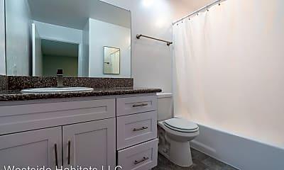 Bathroom, 314 S Manhattan Pl, 1