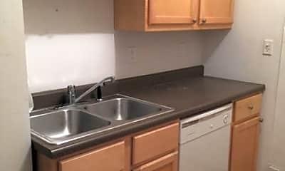 Kitchen, 638 W Arlington Pl, 1