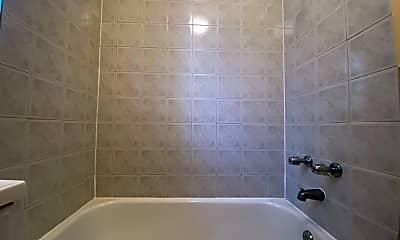 Bathroom, 946 W Windsor Ave #1R, 2