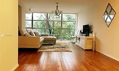 Living Room, 2101 Atlantic Shores Blvd 301, 1