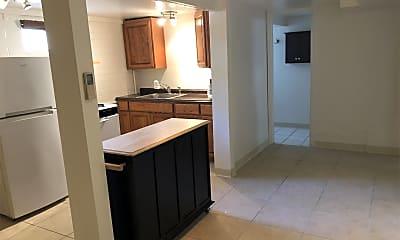 Kitchen, 1011 E Halcyon Rd, 2