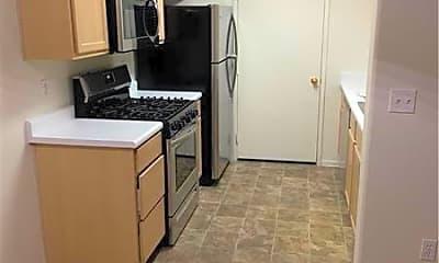 Kitchen, 950 Seven Hills Dr 2018, 1