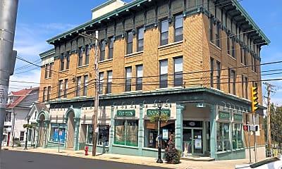 Building, 303 Main St 2D, 0