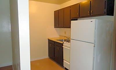 Kitchen, 4381 Chippewa St, 1