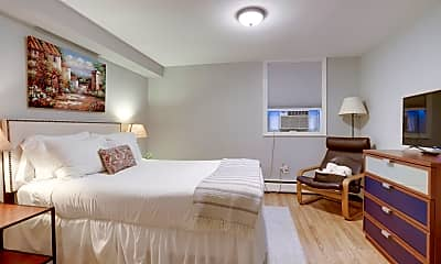Bedroom, 1105 E St SE, 1