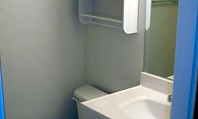 Bathroom, 2261 Chestnut St, 2
