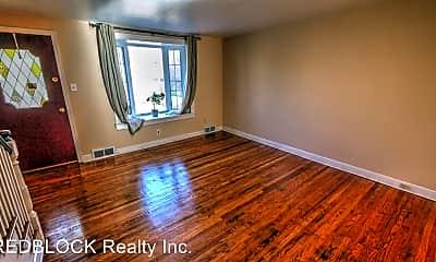 Living Room, 4740 Lansing St, 1