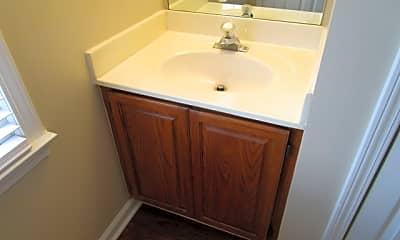 Bathroom, 110 Lansing Drive Nw, 2
