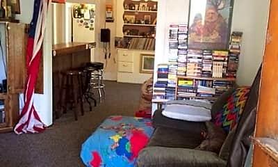 Living Room, 1107 Poplar St, 0