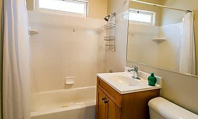 Bathroom, 1967 Missouri St, 1
