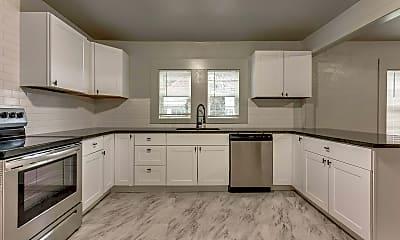Kitchen, 2210 NE 22nd St, 0