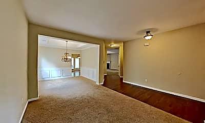 Living Room, 552 Crestmont Lane, 1