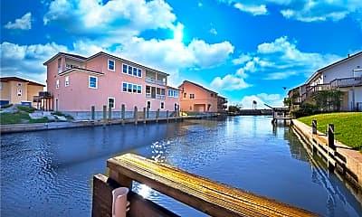 734 Snug Harbor, 2