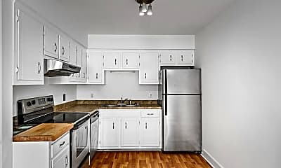 Kitchen, 806 18th Ave S, 2