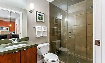 Bathroom, 845 N High St, 2