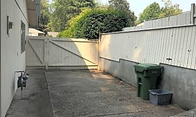 Patio / Deck, 1602 Greentree Rd, 2