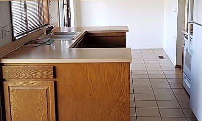 Kitchen, 4311 Desert Pl, 2
