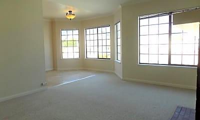 Living Room, 2591 22nd Ave, 2