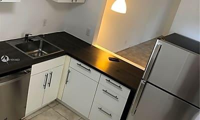 Kitchen, 5520 N Lakewood Cir 623, 0