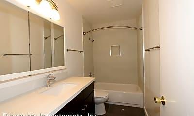 Bathroom, 2229 McGee Ave, 2