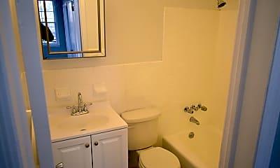 Bathroom, 94 Myrtle Ave, 1