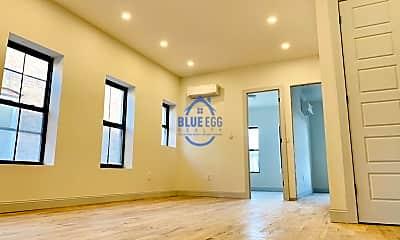 Living Room, 421 Van Siclen Ave, 1