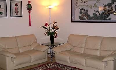 Living Room, 737 Santa Rita St, 1