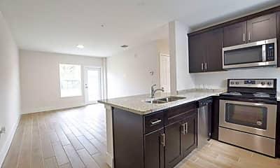 Kitchen, 5520 Lake Underhill Rd, 2