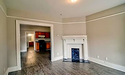Living Room, 107 Ellis St, 1