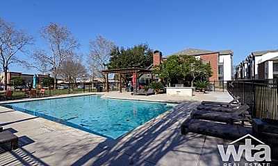 Pool, 1400 Clarewood Dr, 2