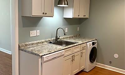 Kitchen, 953 E 36th St, 1