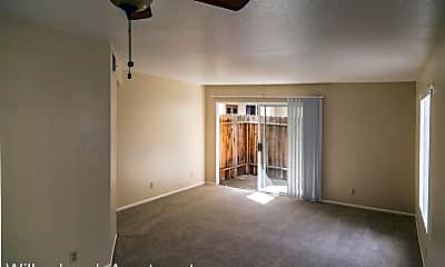Living Room, 28465 Felix Valdez Ave, 2