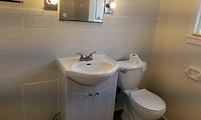Bathroom, 221 W Robb Ave, 2