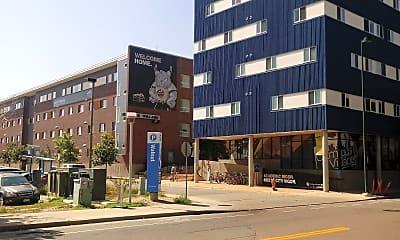 Campus Village, 0