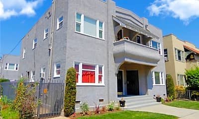 Building, 3031 E 7th St, 0
