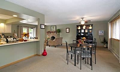 Dining Room, Heritage Heights, 0