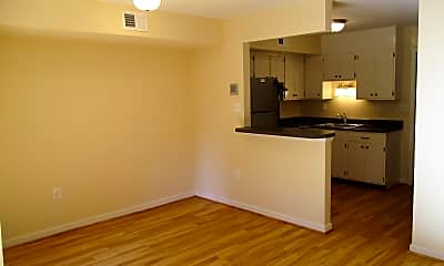 Kitchen, 5379 Whetstone Rd, 2