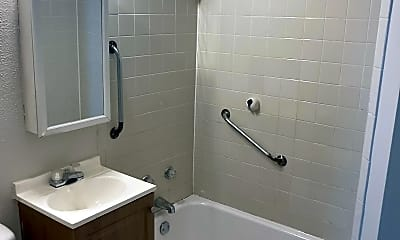 Bathroom, 1229 S 25th St, 2