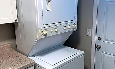 Bathroom, 1401 S County Rd 198, 1