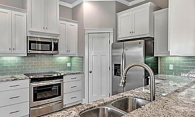 Kitchen, 2101 Sunrise Ave, 2