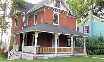 Building, 104 N Spruce St, 0