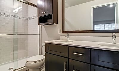 Bathroom, Woodmont Cove, 2