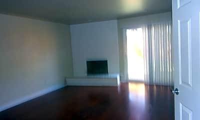 Living Room, 2821 Sunburst Dr, 1