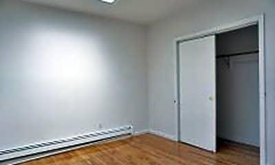 Bedroom, 250 River St, 2