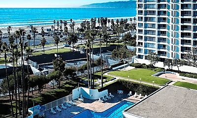 Pool, The Shores, 0