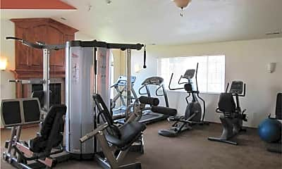 Fitness Weight Room, River Rock Apartments, 2