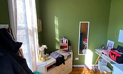 Living Room, 1839 N Hermitage Ave 2F, 2