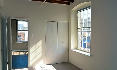 Bedroom, 222 Race St, 2