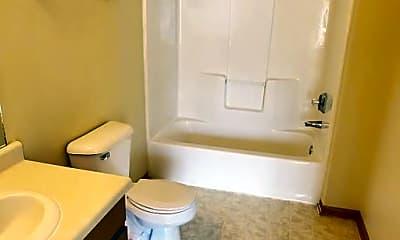 Bathroom, 610 N Spring St, 2